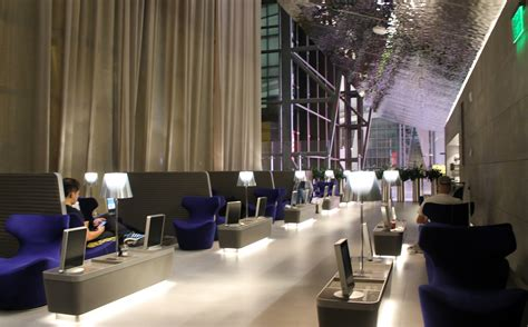 Images from Qatar Airways Al Mourjan Business Class Lounge